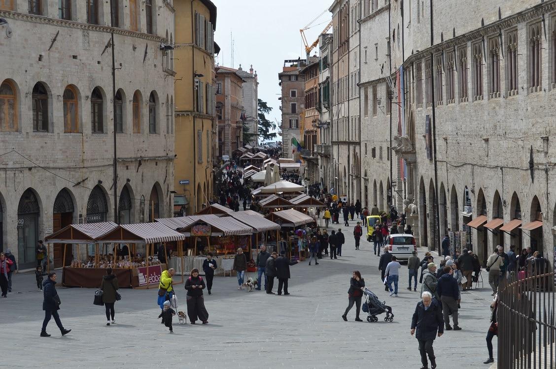Fiera di Pasqua in centro a Perugia