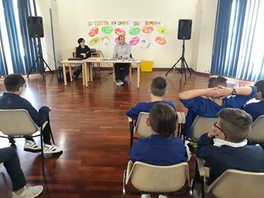 Lo scrittore Rosario Esposito La Rossa alle elementari Castiglione del Lago