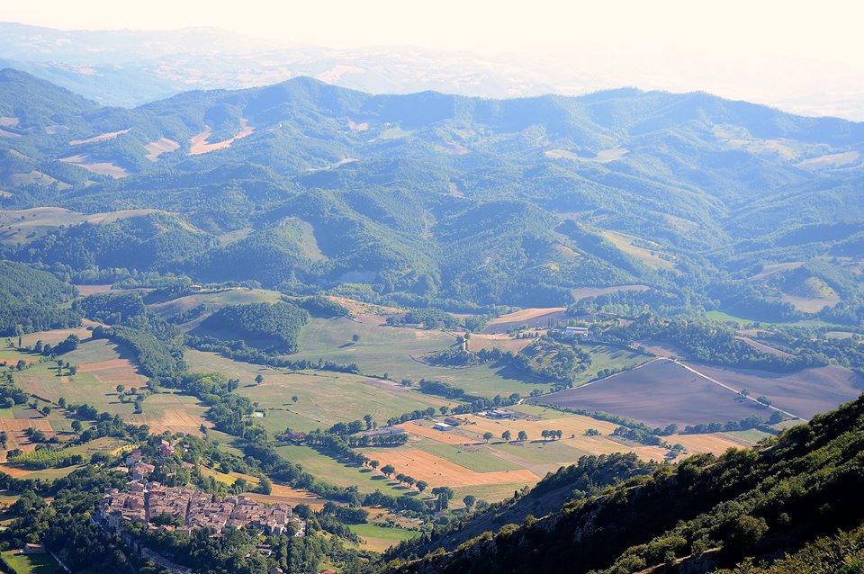 fotografia panoramica del Monte Cucco in occasione di Suoni Controvento
