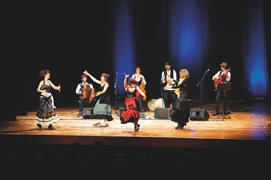 """Un Pizzico di Taranta: per """"Classica d'Estate"""" a Foligno il concerto che richiama sonorità e ritmi coinvolgenti"""