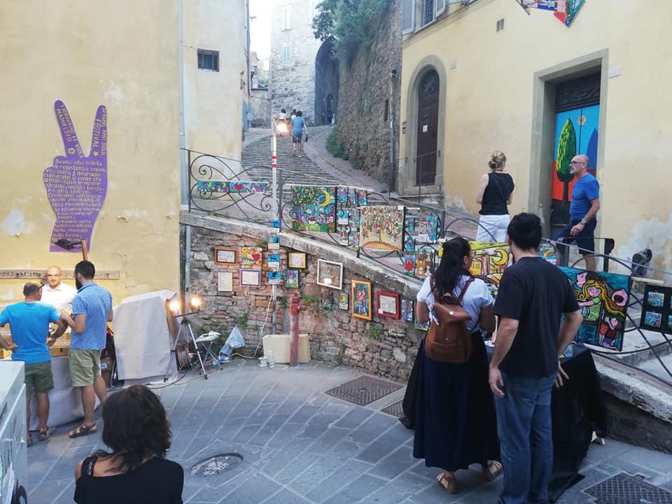 Perugia fa comunità: il festival Alchemika in Via della Viola