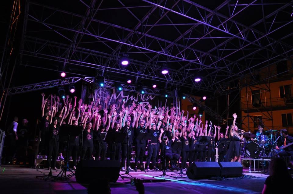 In... Canto d'Estate, giovedì 4 luglio si esibisce il Joyful Singing Choir