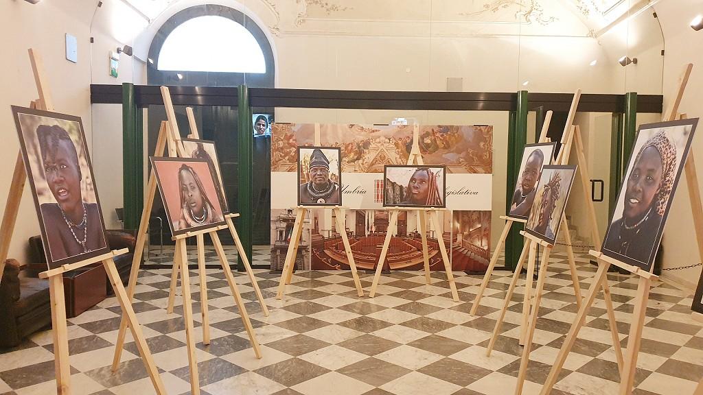 """Perugia, fino al 28 novembre la mostra fotografica """"Ritratti dal mondo"""""""